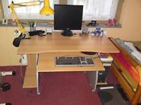 Schreibtisch mit Rollen/ Rollbarer Schreibtisch/Computertisch Aachen - Eilendorf Vorschau