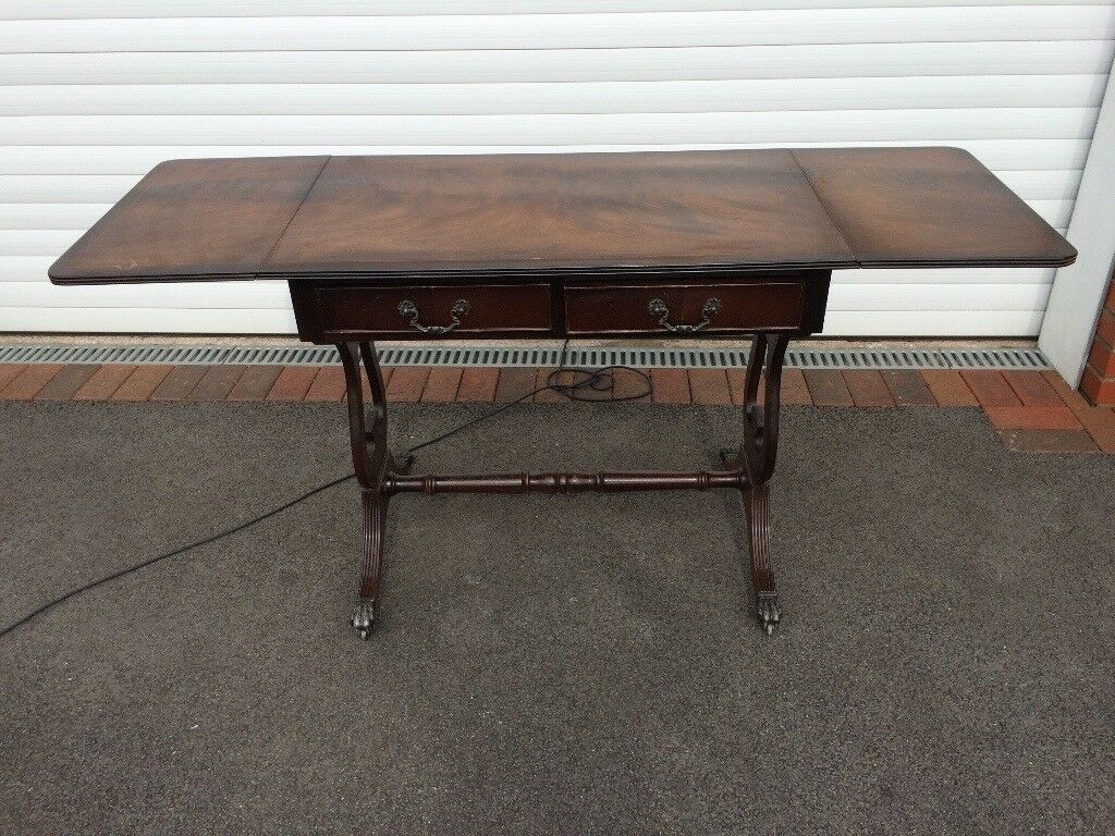 Narrow Table with Drop Ends