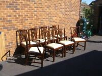 Lovely Bevan Funnell Mahogany 6+2 carver chairs