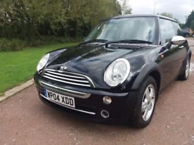 MINI ONE 1.6 (Black) Drives & handles great, small dent on bonnet otherwise a lovely car, Cat c
