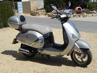 DB125T9F 125cc Scooter