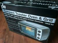 Compact oven toaster and grill NEW