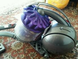 Dyson DC39 Animal ball hoover vacuum cylinder cleaner bag less great condition with all tools