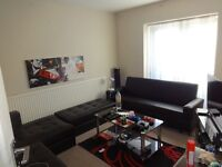1 Bedroom Flat - Good Condition - £1000 Only - Hainault (Part Dhss accepted)