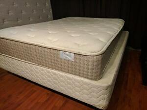 Double / Full Mattress Sleep Country Contour Comfortable Semi Firm - $180 (Metrotown - Includes Delivery)