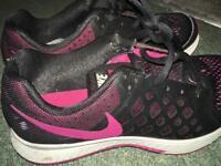 Nike Zoom Pegasus black trainers uk 3.5