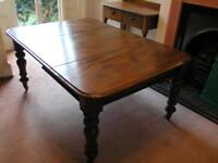 Antique Victorian dining table good condition