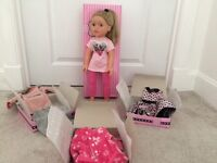 Design a Doll - Madison doll, bed and 8 fully boxed outfits