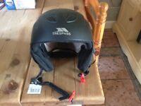 trespass snow sport helmet size large