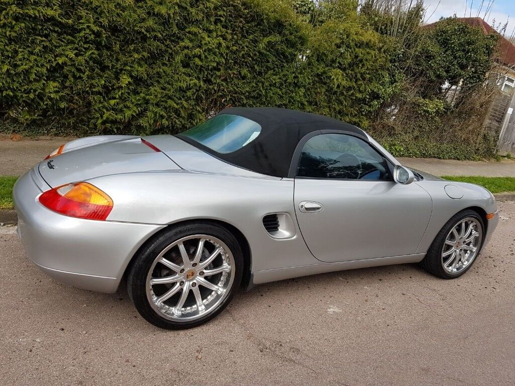 Porsche Boxster 2.7 | in Caterham, Surrey | Gumtree on porsche carrera gt car, 2001 porsche boxster sale, porsche pdk, used porsche boxster sale, porsche custom,