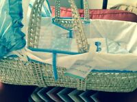 New ClaireDeLuna Moses basket and stand