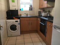 Presenting this huge 4 double bedroom maisonette in Archway. Rent £495 per week Available 28th Aug