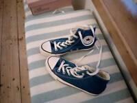 Blue converse size 4.5
