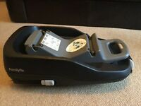 For Sale Maxi Cosi Family fix car seat base and Cabriofix car seat