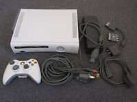 Xbox 360 60GB White Console PAL + Controller + Game