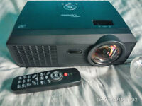 Projector Optoma EX605ST