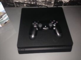 PS4 500GB CONSOLE MINT CONDITION