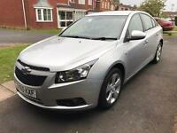 Chevrolet Cruze. Diesel. Automatic. Low mileage.