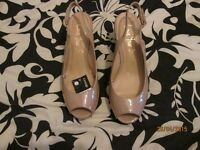 BEIGE / NUDE COLOUR WEDGE PEEP TOE SANDALS SIZE 8 BRAND NEW WITH TAGS