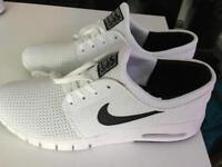 Nike SB air max - UK 7,5 ( never used )