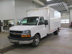 2013 Chevrolet Express Commercial Cutaway CUBE 16 PIEDS
