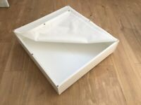 2 Bed storage boxes with lid and wheels