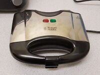 Russell Hobbs 2 Portion Non-Stick Sandwich Toaster