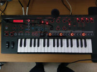 Roland JD-Xi Hybrid Synthesizer