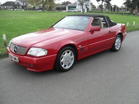 1993 MERCEDES SL280 CONVERTIBLE SOFT & HARD TOP RED WITH CREAM LEATHER STUNNING EXAMPLE CLASSIC CAR