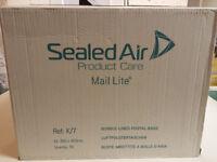 50 Mail Lite Sealed Air Bubble Bag Envelopes - 350 x 470 mm K/7 White - Box of 50 - unused