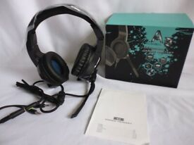 A3 Gaming Headset Noise Cancelling Over Ear With Microphone New and Boxed