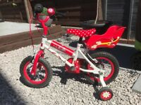 Girls Minnie Mouse bike from Halfords