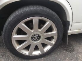 Vw t4 alloy wheels size 17inch come fitted with nexen 225/45 ZR17 94w extra loaf tyres fitted