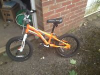 Boys Kids Bike- hardly used - perfect condition - Ideal for 5 to 8 year olds (Schwinn Quality brand)