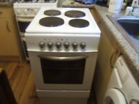 Electric cooker for sale 500 mm wide good clean condition 2 years old