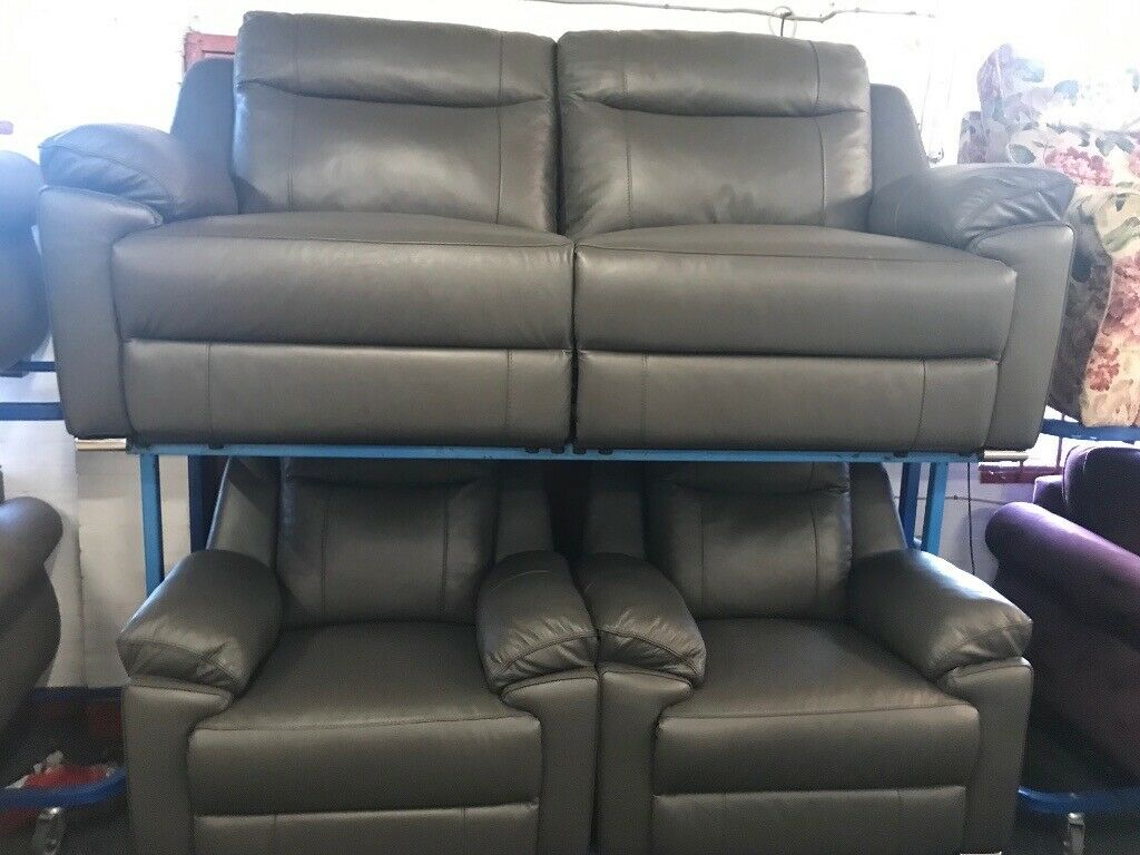 NEW - EX DISPLAY LazyBoy ALANZO GREY LEATHER 3 SEATER + 1 ...