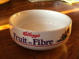 rare Kelloggs fruit ,n fibre cereal bowl