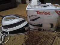 Tefal Fasteo SV6020 steam generator iron