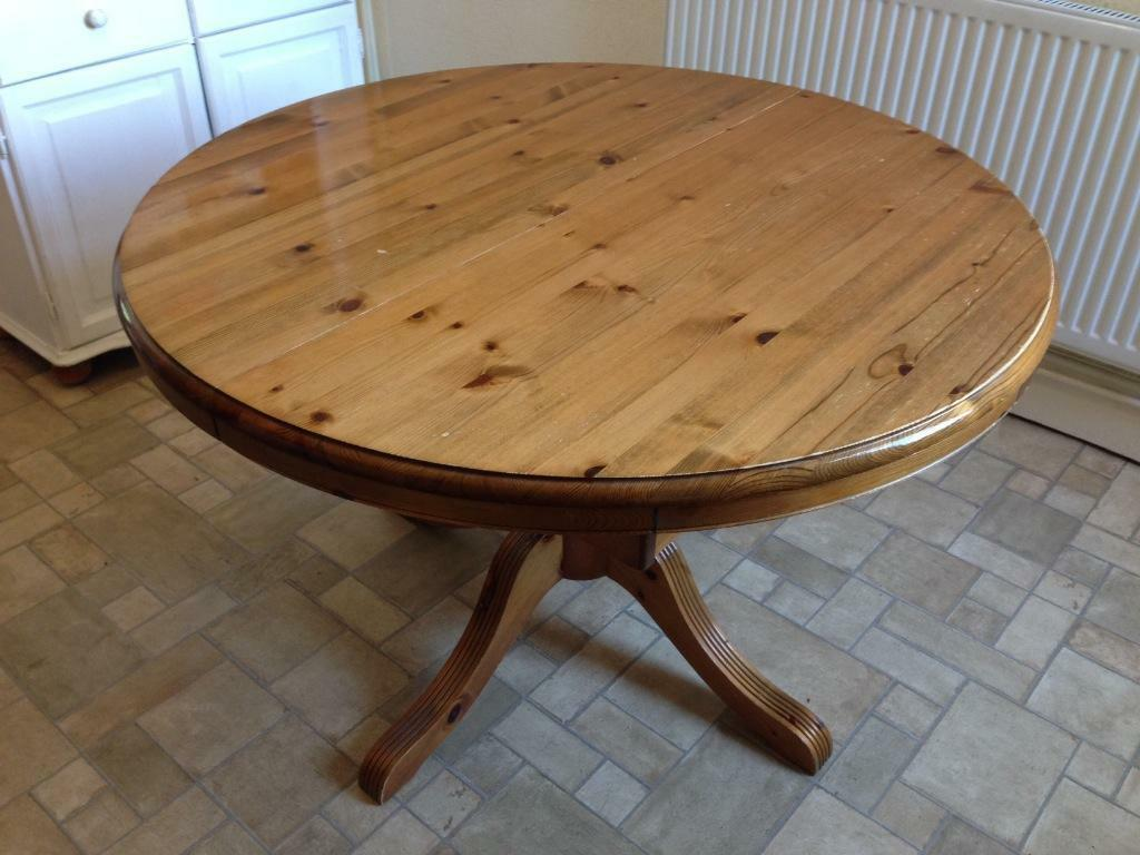 Solid pine extendable dining table in Penarth Vale of  : 86 from www.gumtree.com size 1024 x 768 jpeg 84kB