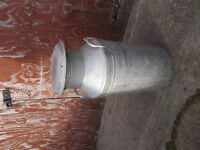 Vintage 10 gallon aluminion milk churn