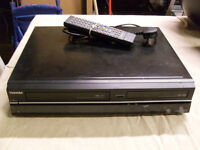 Toshiba DVD/VCR Recorder Combi