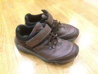 Boys shoes size 10F
