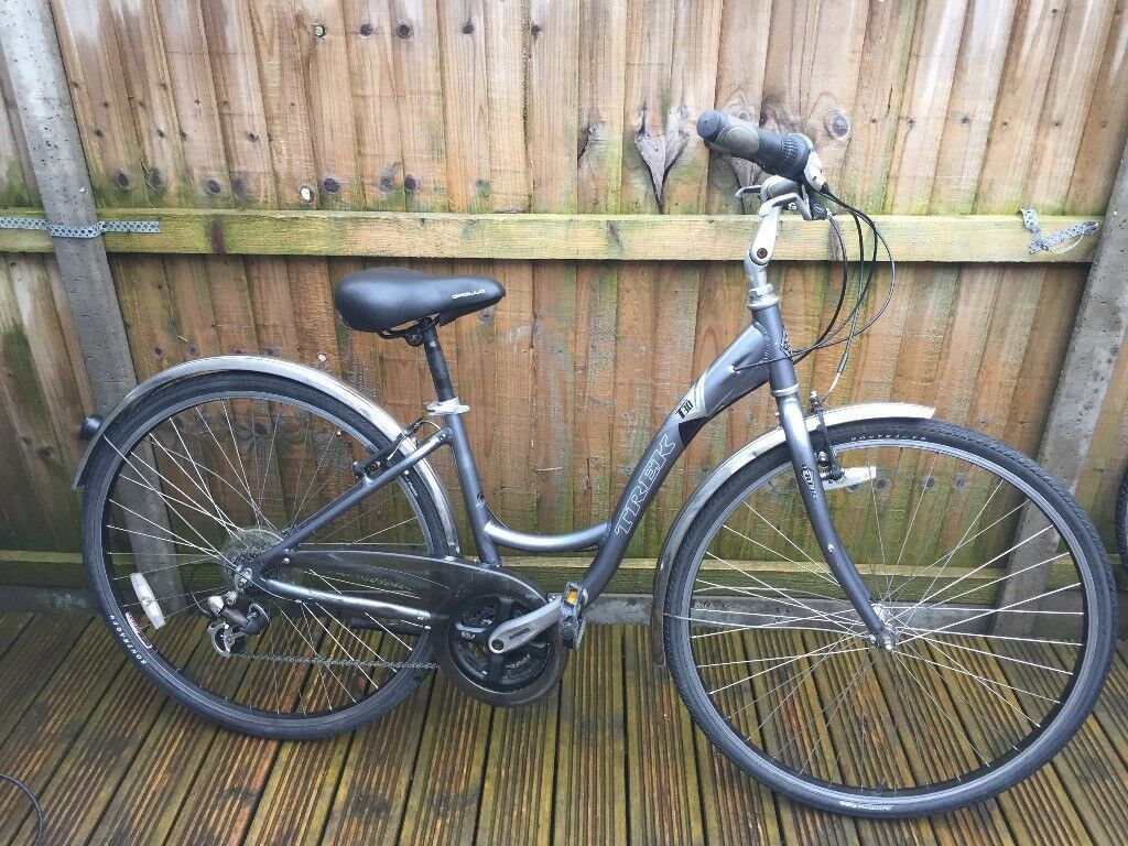 Trek Navigator T30 Ladies Hybrid Bike   in Colchester, Essex   Gumtree