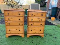 Ducal solid pine chest of drawers. Dovetail Joints. Possible delivery