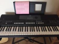 YAMAHA E433 with stand and foot pedal