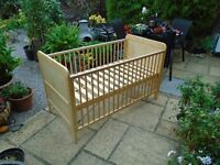 Mothercare cot bed excellent condition - no mattress
