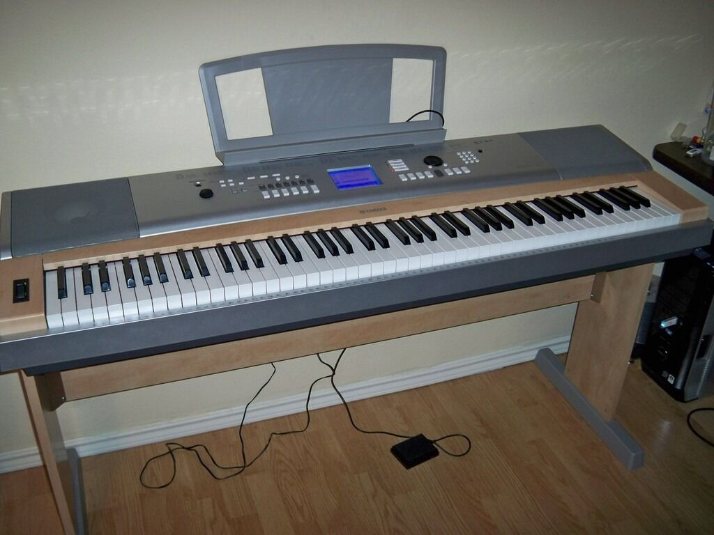 yamaha dgx 620 full size digital grand piano in southside glasgow gumtree. Black Bedroom Furniture Sets. Home Design Ideas