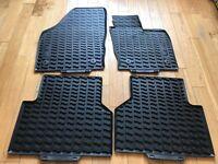 Genuine Audi Q3 Rubber Floor Mats