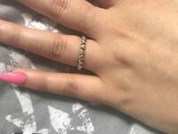 *** x2 pandora rings both size 52***