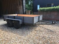 Twin axle trailer with new tyres